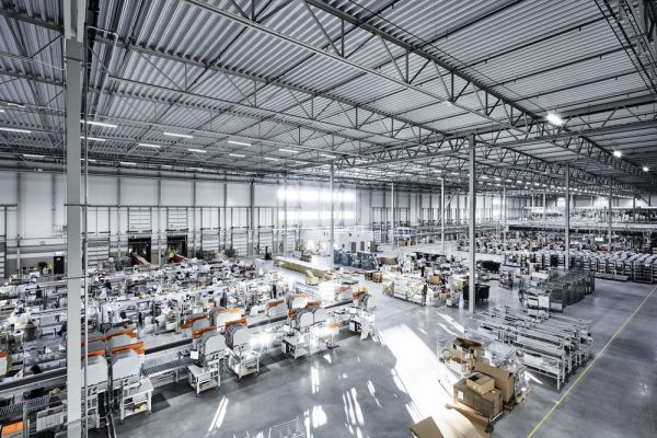Innenansicht: Zalando-Fulfillment-Center Stockholm
