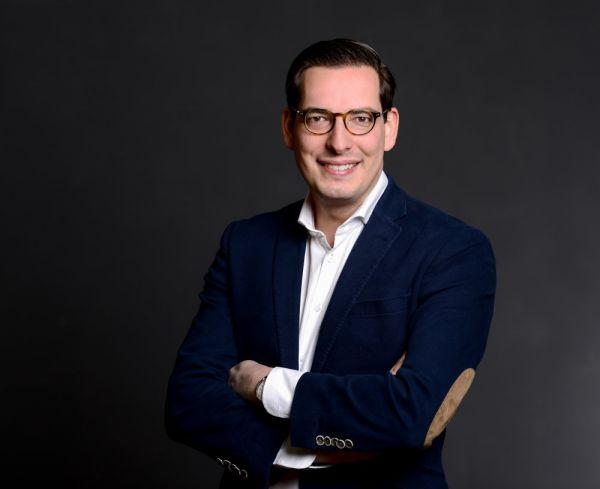 low priced c6431 decff Start-ups: Schuhe24 - Das Start-up mit 1000 Filialen